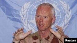 联合国叙利亚观察团负责人挪威籍的穆德少将2012年6月15日在大马士革的一次记者会上发表谈话