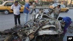 지난달 이라크 바그다드에서 발생한 차량 폭탄테러 현장. (자료사진)