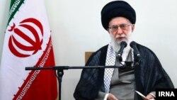 سخنان رهبر جمهوری اسلامی در حالیست که اعلام راه اندازی گشت نامحسوس امنیت اخلاقی از سوی پلیس در اواخر فروردین ماه، بحث برانگیز شد.