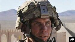 AQSh armiyasi serjanti Robert Beyls Qandahorda 17 afg'onni o'ldirganlikda ayblanmoqda