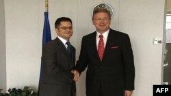 Shtefan Fyle: Serbia duhet të bëjë më shumë përparim me Kosovën