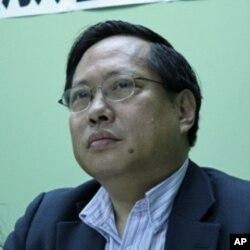 香港民主党主席何俊仁
