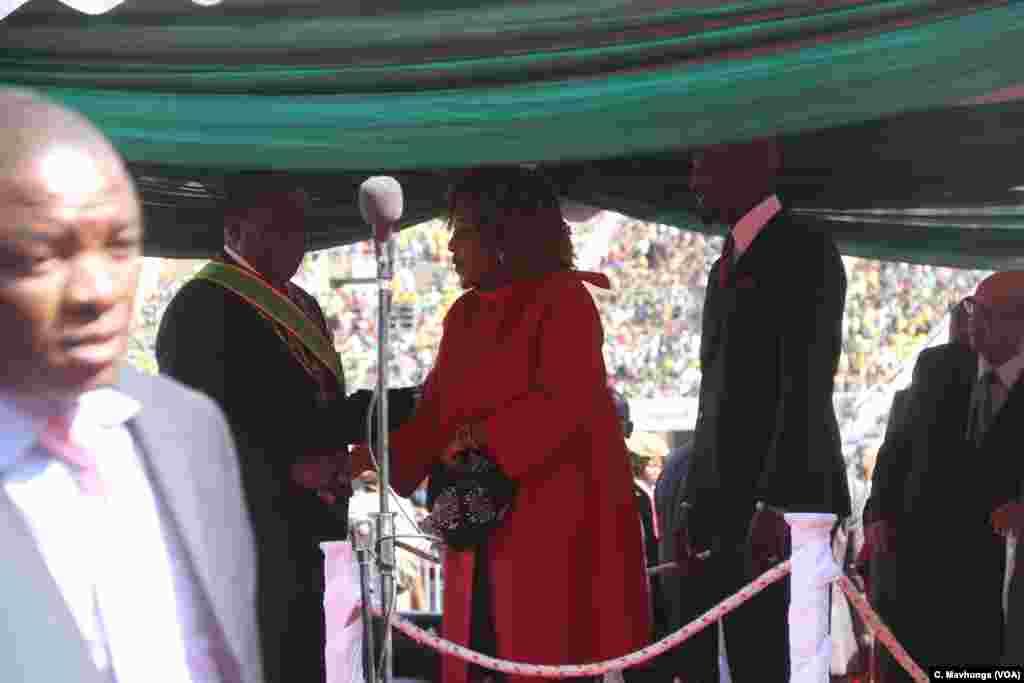 Bona, umukobwa w'uwahoze aramutswa Zimbabwe Robert Mugabe ariko akeza Mnangagwa