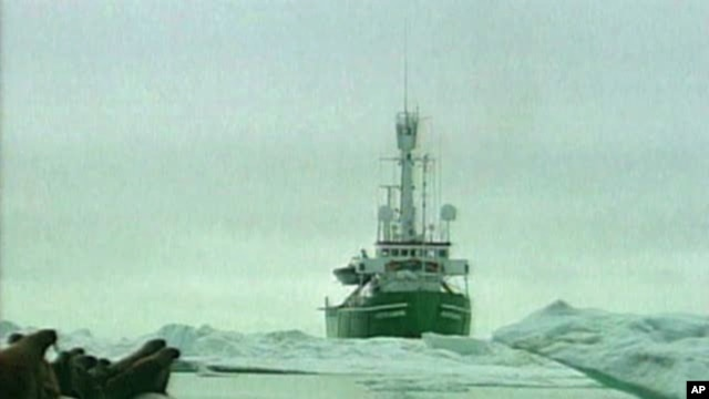 Environmentalists argue the harsh climate in northern Alaska would make cleaning up any potential offshore oil spill extremely difficult.