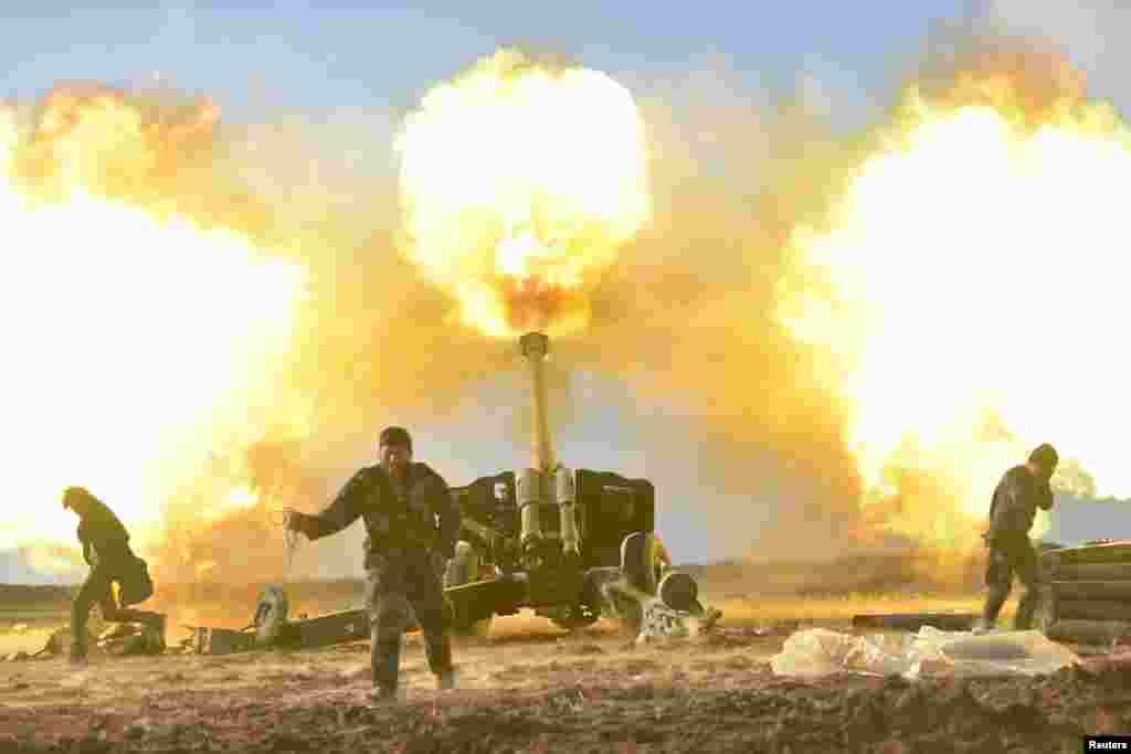 حملات بسیج مردمی عراق یا حشد الشعبی به داعش در نزدیکی موصل عراق.