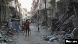 Hơn 100.000 người đã bị giết và độ 6 triệu người phải di tản kể từ khi Syria có xáo trộn vào năm 2011