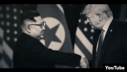 내년 미국 대선의 민주당 유력 후보인 조 바이든 전 부통령이 최근 공개한 홍보 영상에 도널드 트럼프 미국 대통령과 김정은 북한 국무위원장이 악수하는 장면을 담았다.