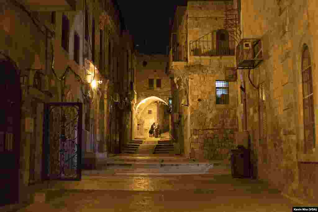 اورشلیم به روایت عکس- یک خیابان در بخش قدیمی شهر اورشلیم در شب