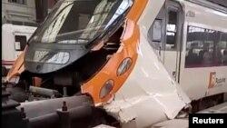 Voz koji je udario u odbojnik na peronu u Francia železničkoj stanici u Barseloni