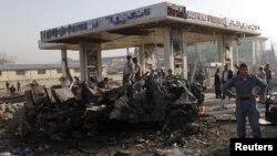 아프가니스탄 수도 카불 인근에서 외국인을 겨냥해 일어난 자살폭탄테러.