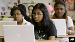 A survey of U.S. middle and high school teachers highlights the need for digital literacy