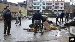 霍姆斯市中心遭到炮击