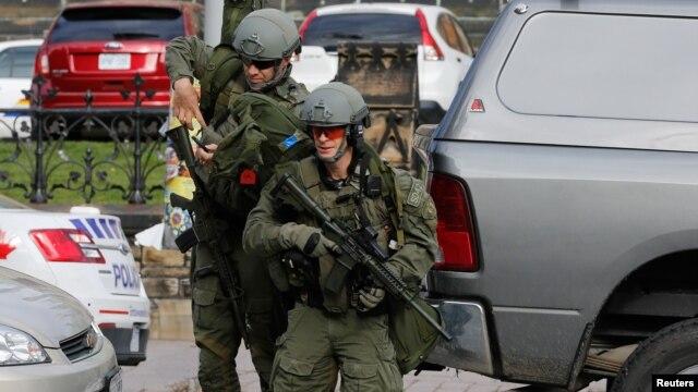 """Las autoridades temen ataques """"réplica"""" de lo sucedido en Canadá hace un mes cuando dos soldados canadienses uniformados fueron asesinados en dos incidentes separados."""