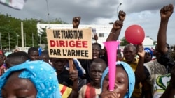 Un président civil ou militaire pour diriger la transition malienne?