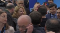 Negociaciones se intensifican en París