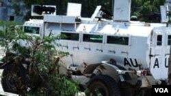 Kendaraan perang milik militer Burgundi yang dikenal sebagai AMISOM.