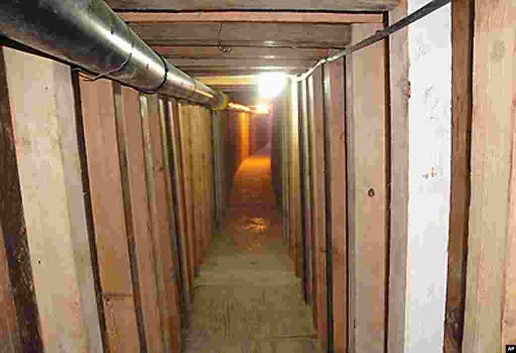 El túnel tiene una longitud de 200 metros y ha sido construido con una tecnología rara vez vista en este tipo de pasadizos.