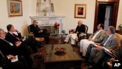 کرزی و دابنز در ملاقاتی در کابل