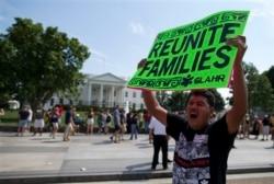 亞裔美國人如何看待移民改革