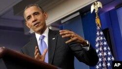"""Presiden Obama menolak pernyataan beberapa analis politik bahwa tahun ini sebagai """"tahun terburuk"""" dalam masa jabatannya dalam konferensi pers di Gedung Putih, Jumat (20/12)."""