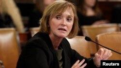 Marilyn Tavenner, testifica en el Congreso, donde pidió disculpas por las fallas de la página del Obamacare.