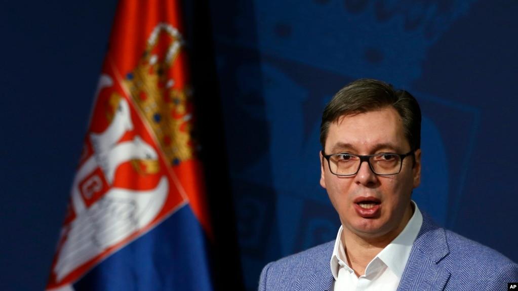 Vuçiq: Serbia, kurrë në NATO