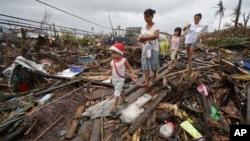 Після тайфуну в місті Таклобан