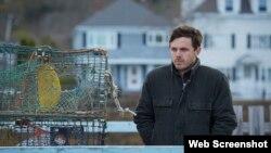 کیسی افلک در فیلم منچستر ساحلی، Roadside Attractions and Amazon Studios