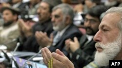 Afgan Milletvekillerinin Karzai'den İsteği