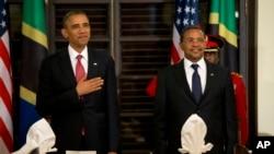 Perezida w'Amerika Barack Obama na Perezida wa Tanzaniya Jakaya Kikwete