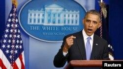 Tổng thống Obama lên tiếng trước báo giới sau cuộc họp với Bộ trưởng Bộ Cựu chiến binh Eric Shinseku tại Tòa Bạch Ốc, Washington, 21/5/2014.