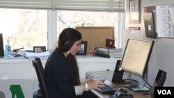 La periodista cubana Yoani Sánchez fue de las primeras en usar la internet para ejercer periodismo en la cerrada sociedad cubana. Las amenazas en su contra no han cesado.
