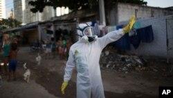 La Organización Mundial de la Salud dice que el Zika se propagará rápidamente en el continente americano y ha convocado a una reunión de emergencia.
