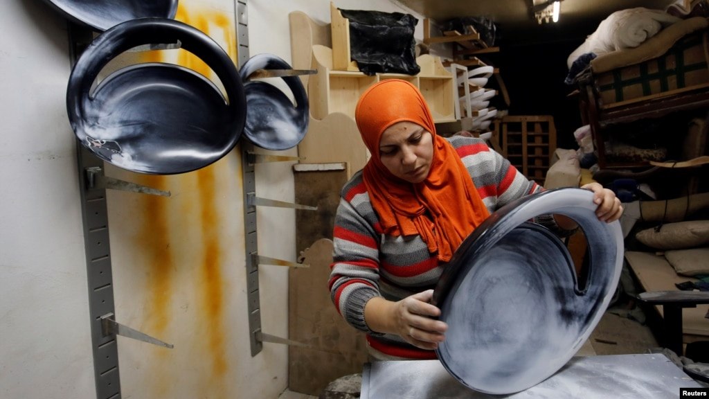 OECD: Laws Discriminating Against Women Cost Mideast, North Africa Billions of Dollars