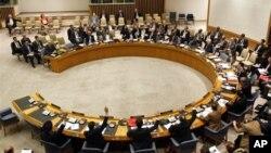 시리아 문제를 논의하는 유엔 안전보장이사회 회의 장면