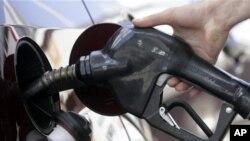 全球原油价格下滑