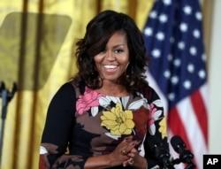 Prezident Barak Obamaning rafiqasi Mishel Obama