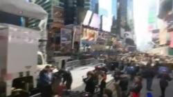 纽约人辞旧迎新--粉碎2013年的厄运记忆