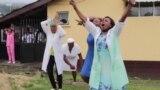 Heurts, pleurs et contestation dans la ville camerounaise de Buea
