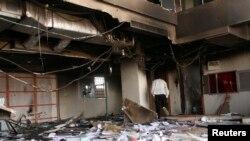 26일 반정부 시위로 파손된 하르툼의 한 건물(자료 사진)