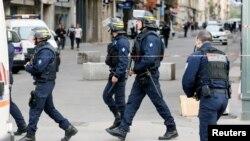 Policier français à Lyon le 24 mai 2019.