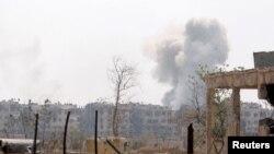 حملات موشکی یکشنبه شب در استان های حما و حلب در شمال غرب سوریه بوده است.