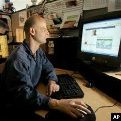 Le fondateur de Facebook « Homme de l'année » du magazine Time