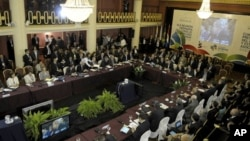 Para pemimpin negara Amerika Selatan menghadiri KTT Blok Perdagangan Regional Mercosur di Uruguay (Foto: dok). Mercosur melarang Presiden baru Paraguay menghadiri KTT Mercosur di Argentina, pekan ini.