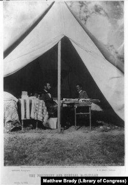 Lincoln and General McClellan on the Battlefield of Antietam