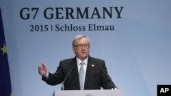 Presiden Komisi Eropa Jean-Claude Juncker pada KTT G-7 di Jerman