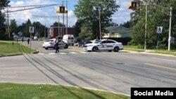 Policija na mestu napada u gradu Frederiktonu u Kanadi, 10. avgust 2018.