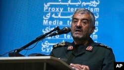 "Jenerali Mohammad Ali Jafari avuga mu nama yiswe "" Isi Itarimwo Iterabwoba,"" i Teherani, itariki 31/10/2017."