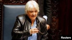 Lucia Topolansky, esposa del expresidente uruguayo José Mujica, asumió la vicepresidencia del país el miércoles, 13 de septiembre, de 2017, tras la renuncia del vicepresidente Raúl Sendic.