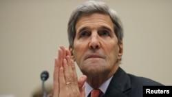 28일 존 케리 미국 국무장관이 하원 외교위 청문회에 출석해 이란 핵 합의에 대해 증언하고 있다.
